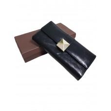 Красивый черный кошелек