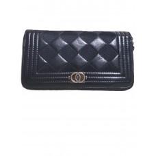 Элегантный женский кошелек Chanel на молнии