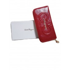 Красный женский кошелек Salvatore Ferragamo
