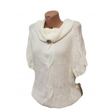 Женский свитер с хомутом